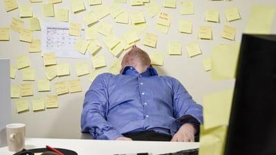 Les employés français sont littéralement submergés par le «multitasking».