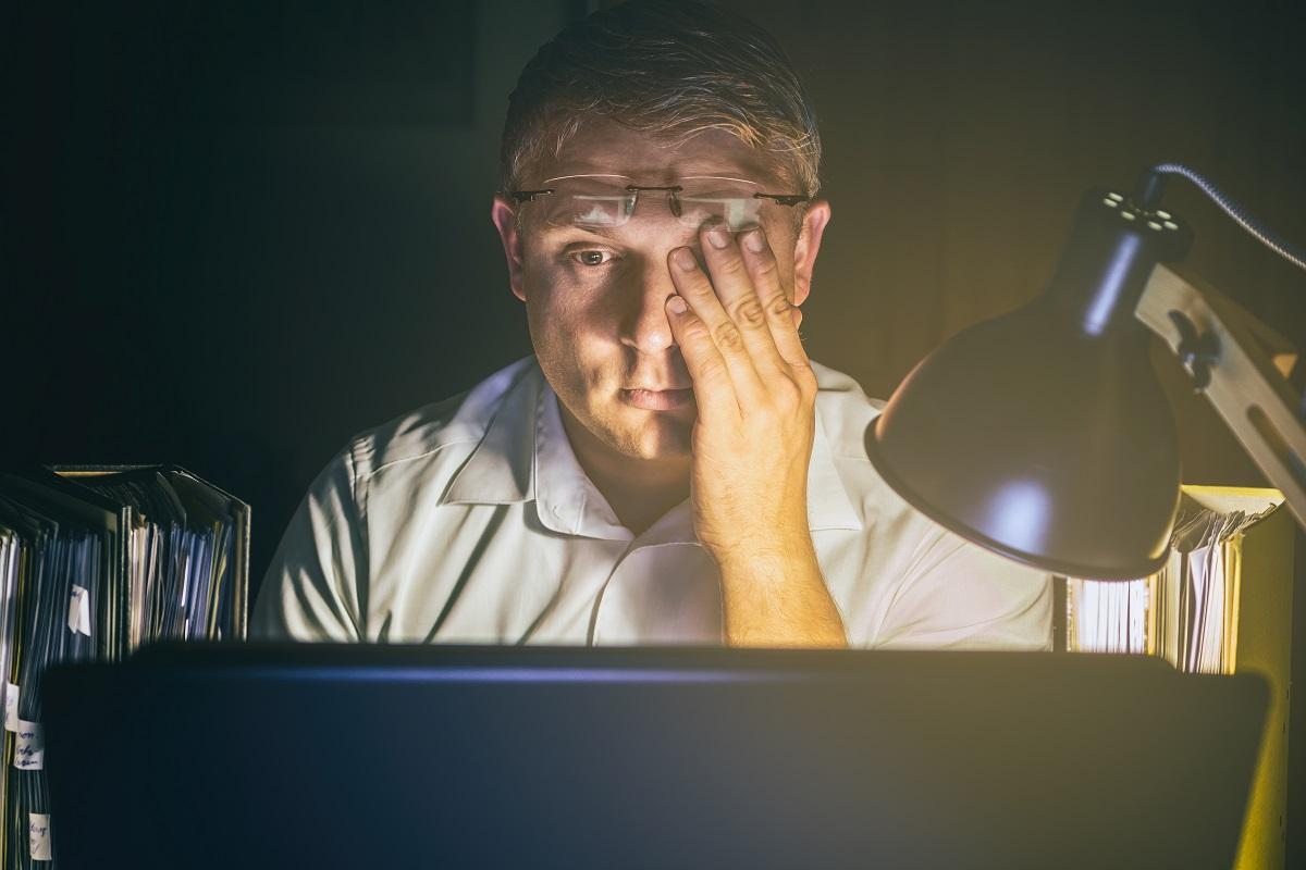 Quels sont les risques liés à l'ambiance lumineuse