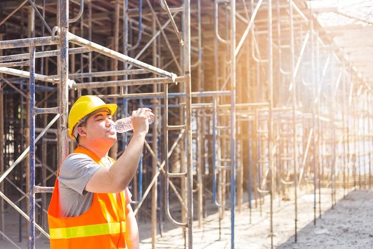 Canicule : comment travailler sous de fortes chaleurs ?